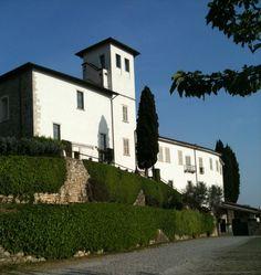 @CastleOfAngels dalla cima del Colle di S. Stefano domina la pianura #location #events #beautifull #italy