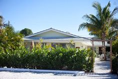 Lido Beach House - 2 bedroom - vacation rental in Siesta Key, Florida. View more: #SiestaKeyFloridaVacationRentals