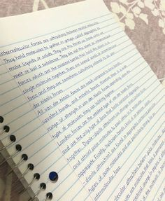 30-unbelievably-satisfying-examples-of-perfect-handwriting This reminds me of people in our school and college time