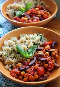 Roasted tomato and chickpea stew