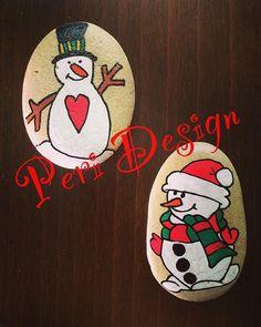 Kardan adam2 ⛄️☃⛄️#sipariş #magnet #kardanadam #taşboyama #tasmagnet #snowman #elemeği #göznuru #boyama #taşsanatı #sürpriz #hediye #hediyelik #hediyelikeşya #yeniyıl #yeniyilhediyesi #happynewyear #happychristmas #mutluyıllar #mutluluk #stoneart #stonepainting #pebblepainting #pebble #paint #paintstone #handmade #peridesign #peritasboyama