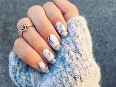 ongle-en-gel-deco-facile-effet-marbre-idee-deco-ongle