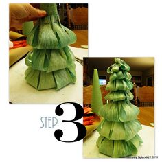 Dyed Corn Husk Christmas Tree Tutorial - Positively Splendid {Crafts, Sewing, Recipes and Home Decor} Tabletop Christmas Tree, Christmas Tree Themes, Diy Christmas Ornaments, Nature Crafts, Fall Crafts, Corn Husk Wreath, Corn Husk Crafts, Straw Decorations, Corn Husk Dolls