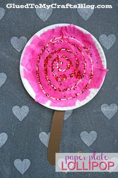 Paper Plate Lollipop - Valentine s Day Kid Craft Idea kidcrafts gluedtomycrafts valentinesday kidcraftidea Paper Plate Crafts For Kids, Valentine's Day Crafts For Kids, Valentine Crafts For Kids, Daycare Crafts, Summer Crafts, Preschool Crafts, Kid Crafts, School Age Crafts, Autism Crafts