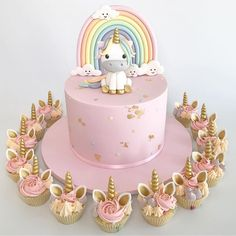 """2,508 Likes, 57 Comments - Glistening Occasions (@glisteningoccasions_) on Instagram: """"I just have to share this cuteness by @vas_frostedindulgence  . . #caketopper #unicorncake…"""""""