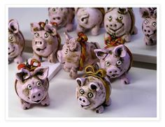 Adorable dirty clay pigs - polymer clay