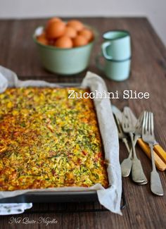 The Incredible Very Edible Zucchini Slice! : Zucchini Slice @ Not Quite Nigella Healthy Recipes, Great Recipes, Healthy Snacks, Vegetarian Recipes, Cooking Recipes, Cooking Tips, Vegetarian Curry, Healthy Dinners, Food Tips