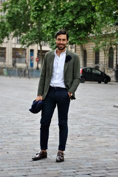 Men's Paris street style.  Love this update on a classic look with skinny pants and AMAZING shoes!!!
