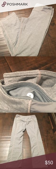Lululemon Athletica Crop Leggings Sz 8- good condition lululemon athletica Pants