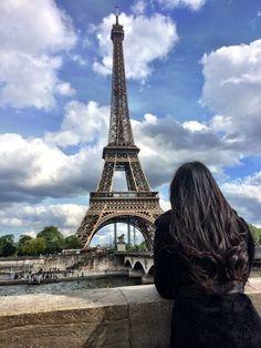 "eiffel tower Contemplation looking over the Eiffel Tower from the Seine ""Paris is always a good idea"" Paris Pictures, Paris Photos, Travel Pictures, Paris Photography, Girl Photography Poses, Travel Photography, Eiffel Tower Photography, Hotel Des Invalides, Shotting Photo"