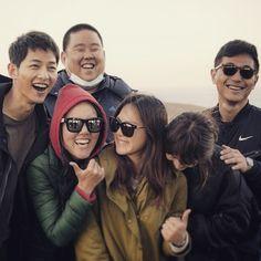 BTS Finale Stills    Couch Kimchi  #descendants of the sun #song joong ki #song hye gyo