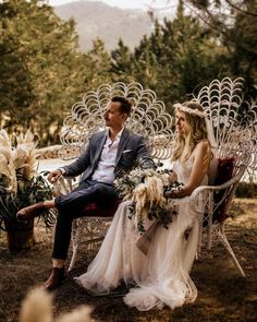 Instagram Wedding Chairs, Wedding Seating, Vintage Stool, Hippie Vibes, Altar Decorations, Ibiza, Boho Wedding, Bride Groom, Photo And Video