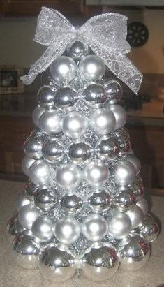 Homemade Christmas Ornament Tree - InfoBarrel   A better picture of the one i posted earlier.