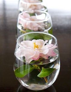 Use single blooms and your everyday glasses for pretty row down your brunch table or for single setting.
