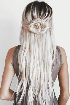 Pretty Rose Hairstyles for Long Hair And#8211; Ideas from Daily to Special Occasion ★ See more: http://glaminati.com/rose-hairstyles-for-long-hair/