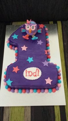 Hootabelle/giggle and hoot cake