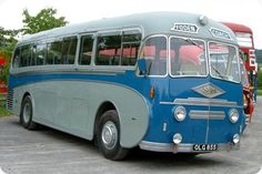 Old Bus Photos - Old bus Photos and informative copy Rv Bus, Car Camper, Campers, Retro Bus, Bus Shelters, Old Commercials, Automobile, Bus Coach, Old Bikes