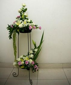 miniature flower arrangements | ... Arrangement Mini Altar Arrangement Hampers Standing Flower Arrangement