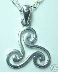 CELTIC wicca TRISKELE Silver 925 PENDANT Charm Jewelry Sterling Silver 925 Jewelry