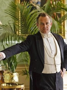 Hugh Bonneville totally rings my bell! Does he look like a distant cousin of Colin Firth or is it just me?!