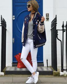 Сегодня с нами новенькая - Dela Fard, которая сейчас проживает в Лондоне. Почему сейчас? Дело в том, что модница часто путешествует: Франция, остров Санторини, Иран.
