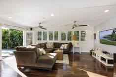 Spacious 5/3 home in kailua. Separate 1/1 with private entrance. Call Maureen today  808.291.4681