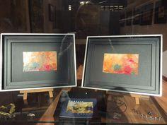 Exposición Nordesia de Beatriz Ansede ,una amplia serie de obras ,incluida la de gran formato de 2,50x2,50cm representando la mar.