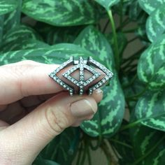 ✂️Price Cut✂️ Banana Republic Deco Sparkle Ring NWT Banana Republic Deco Sparkle Ring. Size 5. Sold out in stores and online. Beautiful ring. Mixed metal base with glass stones. NO TRADES, POSHMARK ONLY. Banana Republic Jewelry Rings