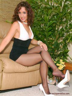 Mellie D Skirt Boots 52