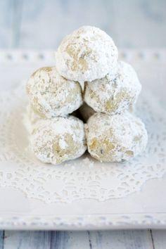 Vegan Snowball Cookies.