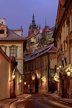 Ancient Prague and its winding streets-Prague cz ***Starobylá Praha a její křivolaké uličky*** Places To Travel, Places To See, Wonderful Places, Beautiful Places, Travel Around The World, Around The Worlds, Europe Centrale, Visit Prague, Neuschwanstein