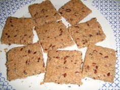 Essa receita é pra você fazer AGORA! Tenho certeza que tem todos os ingredientes na sua cozinha!!! Esses biscoitos ficam uma delícia e você pode fazer tantas variações que nunca irá se enjoar! Além...