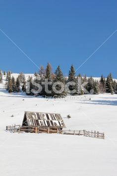 #Cottage With #Trees In #Background On #Gold #Corner In #Winter @istock #iStock #ktr15 @carinzia #nature #landscape #skiing #hiking #outdoor #austria #carinthia #spittal #goldeck #stock #photo #portfolio #download #hires #royaltyfree