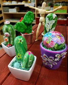 Cactus & company   Pietre dipinte a mano    Novità da Colour Academy