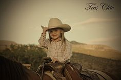 Little Cowgirl - Tres Chic