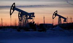 #world #news  Reuters: Oil recovers some previous losses, but doubts over supply cuts linger  #FreeKarpiuk #FreeUkraine