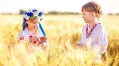 Одягнімо, українці, вишиванки