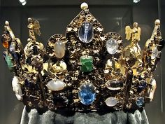 Crown of emperor Henry II (Heinrich II - 6 May 972 – 13 July 1024), also known as Saint Henry, was Holy Roman Emperor from 1014 until his death in 1024 AD and the last member of the Ottonian dynasty of Emperors as he had no children. The Duke of Bavaria from 995, Henry became King of Germany following the sudden death of his second cousin, Emperor Otto III in 1002, was crowned King of Italy in 1004, and was crowned by the Pope as Emperor in 1014.