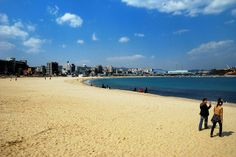 Ilsan Beach (일산해수욕장) by Edvenchers, via Flickr