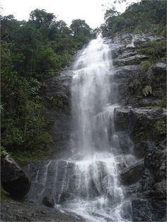 Colombia - Cascada Topacio, Valle del Cauca.