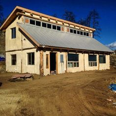 Hemp Home in Colorado - Tag your friends to show them hemp and it's amazing potential. For CBD Oils and products check out QuadHemp.com #hemphomes#hemptechnology#hemp#industrialhemp#hempwalls#greenbuilding#sustainability Re-post by Hold With Hope