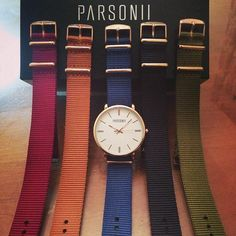 So many different ways to wear the Parsonii watch! Face and band colors are interchangeable.