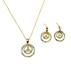 Gold-plated Trinity Circles Necklace | National Geographic Store