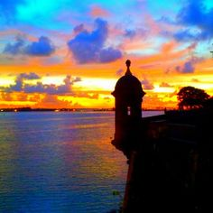 El Morro, Puerto Rico - Can't go wrong with shadows, silhouettes and a sunset.