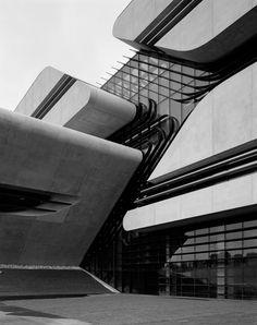 Постройка Захи Хадид отмечена наградой RIBA :: Архплатформа