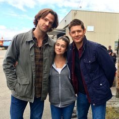 Allison Paige @AllisonPaigeN  TONIGHT! I join the Winchester brothers in a little #Supernatural fun 9/8c on @TheCW! Be sure to watch! @cw_spn