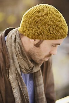Wanderer Cap by Jared Flood. I've knit a few of these. Easy pattern that looks great.