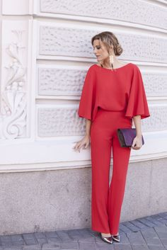 I am thinking of wearing a red jumpsuit to my best friends Birthday party. Yes, its bright and eye-catching onesie, thats why I wanted to ask what to wear with a red jumpsuit? Red Jumpsuit, Jumpsuit With Sleeves, Jumpsuit Formal Wedding, Formal Attire For Women, Fancy Tops, Maxi Gowns, Chic Outfits, Lady, Tulum