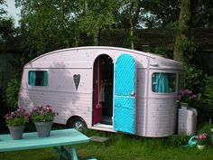 Vintage camper trailer |  http://www.julierosesews.com/2012/06/home-away-from-home.html