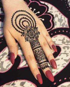 Simple Mehndi Designs Fingers, Henna Tattoo Designs Simple, Simple Arabic Mehndi Designs, Finger Henna Designs, Back Hand Mehndi Designs, Full Hand Mehndi Designs, Henna Art Designs, Mehndi Designs For Girls, Mehndi Designs For Beginners
